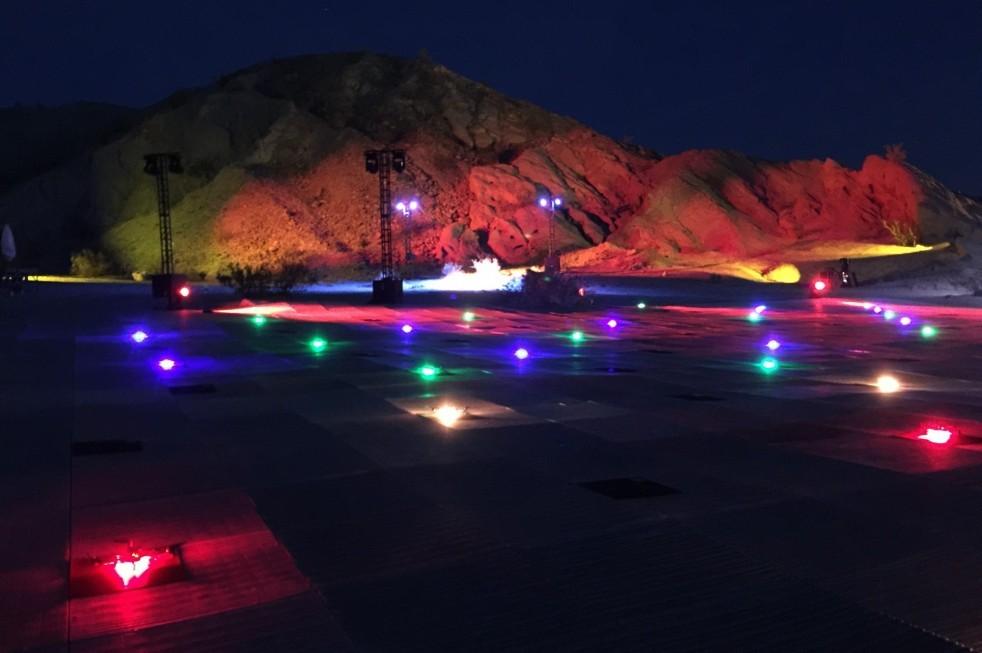 inteldrone100-us_colored_lights-e1462466858687-982x653-982x653
